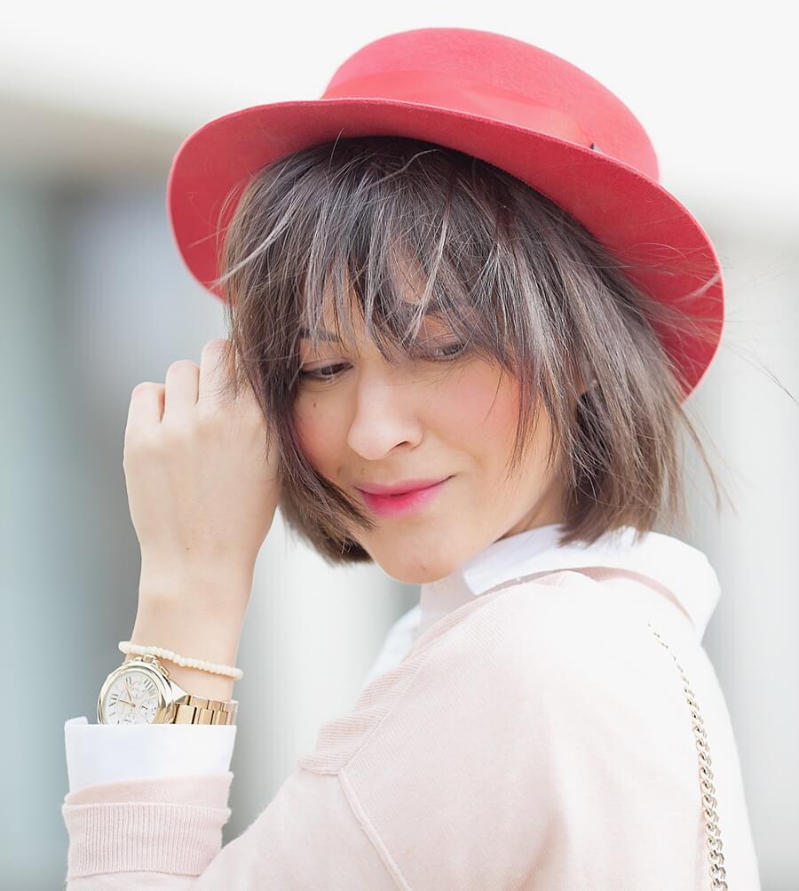 red-felt-boater-hat