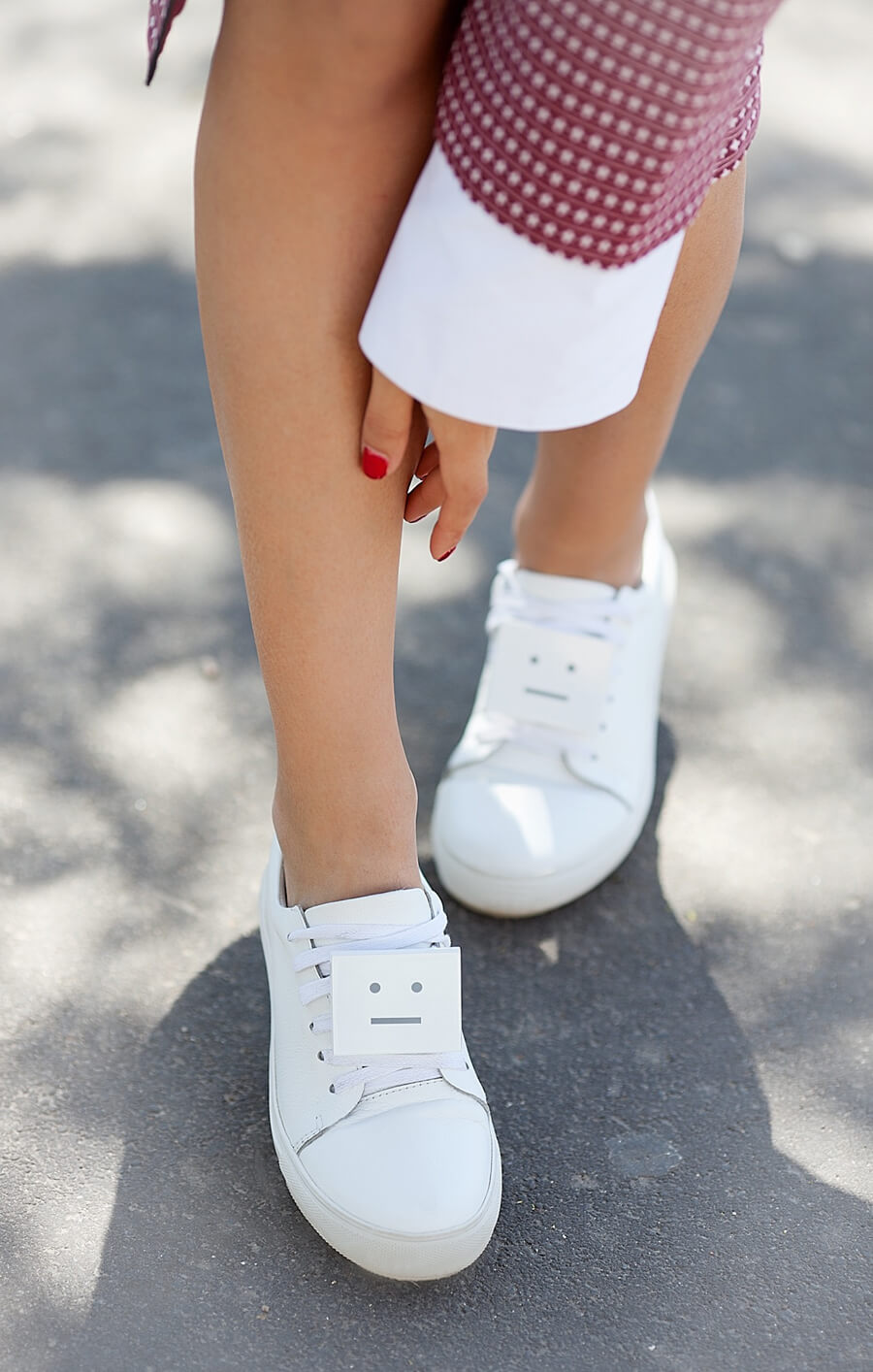 acne-face-trainers-