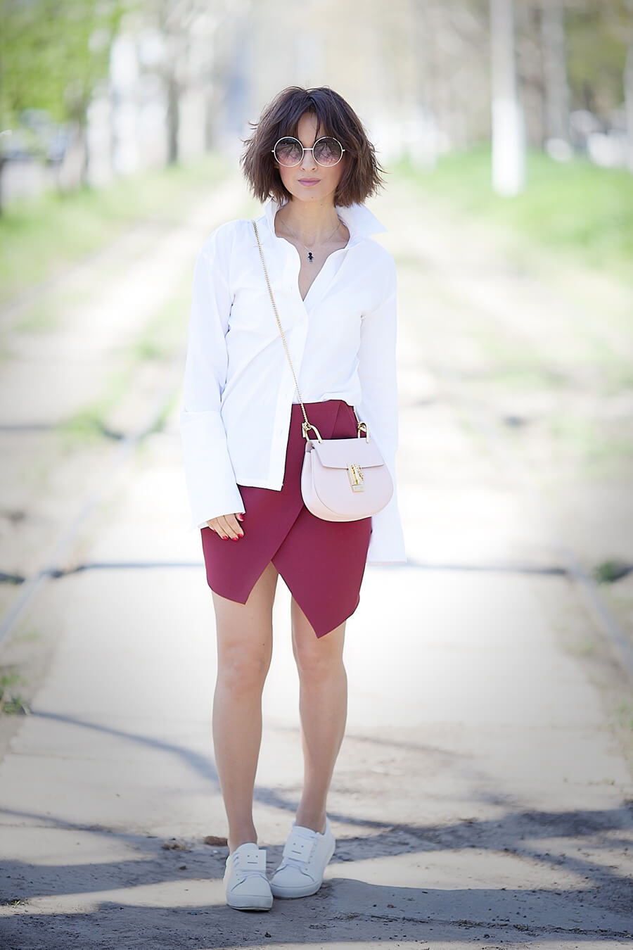 classic-white-shirt-outfit-for-spring