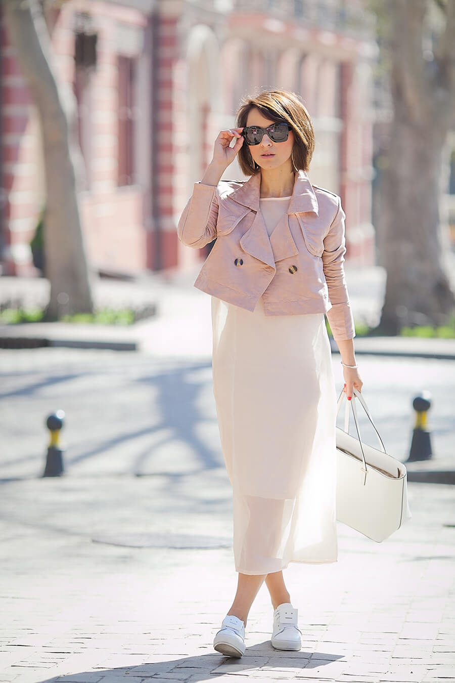 cropped+trench+coat-outfit-in-rose-quartz
