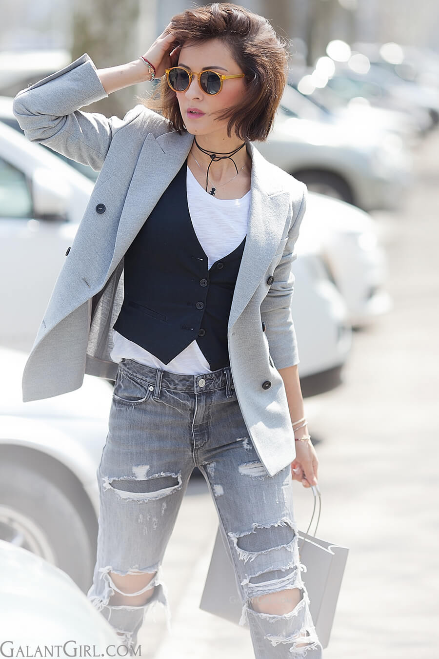 grey-distressed-jeans-outfit-with-blazer-for-spring-2016