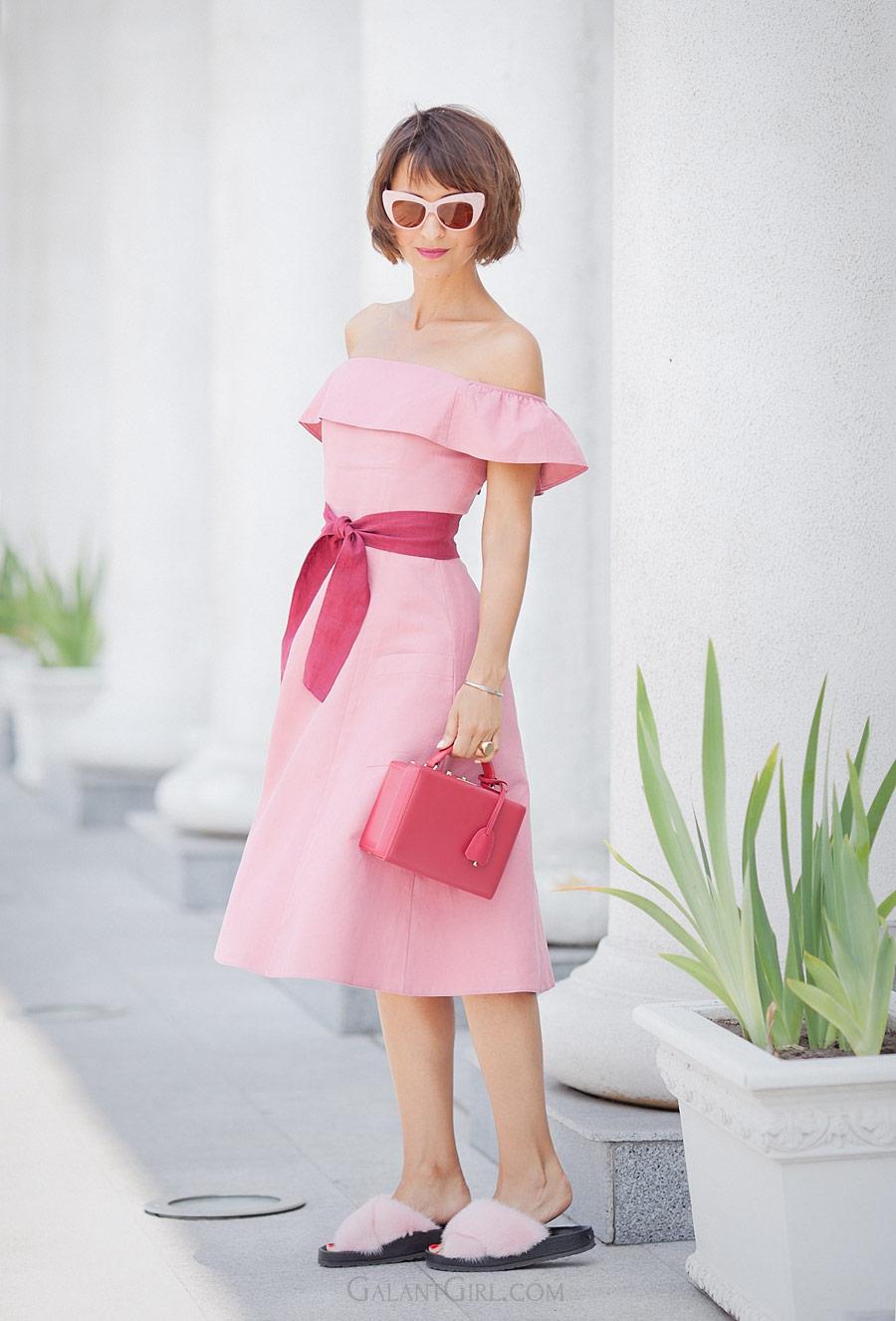 розовое платье, открытые плечи, красивое платье, летнее платье, лучшие летние образы,