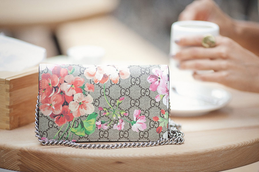 GUCCI-Blooms-Mini-Chain-Crossbody-Bag