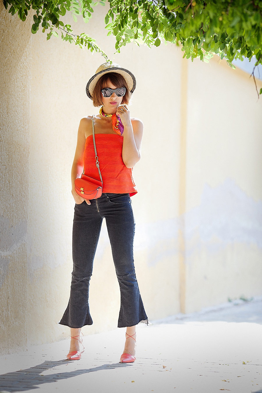 cropped bell jeans, cropped flare jeans outfit, c/meo bandeau top, hot summer days outfit, italian style, italian street style, chloe georgia bag,
