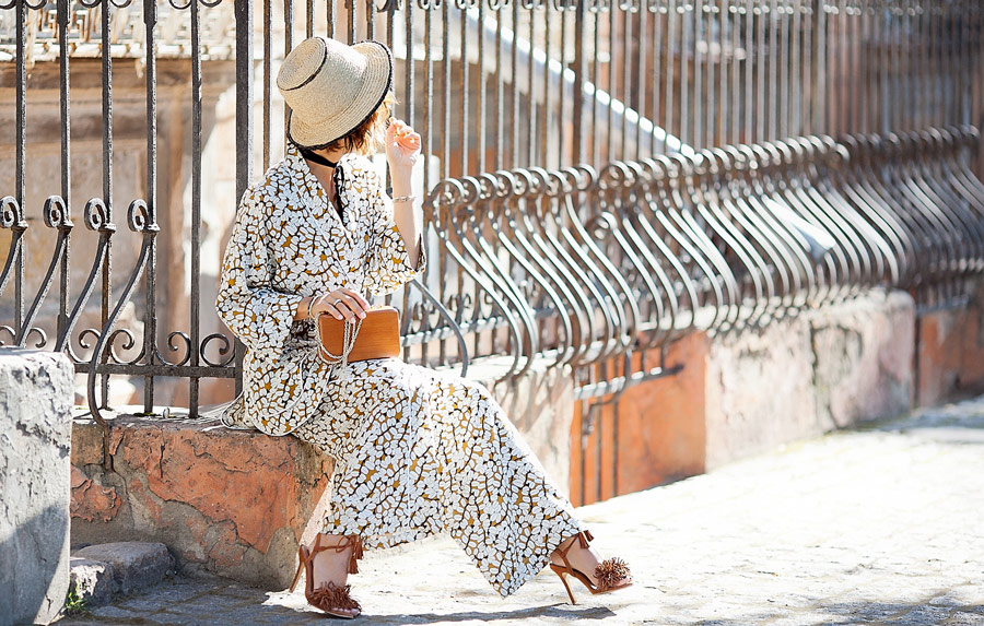 summer street styles, pajama trend, straw hat outfit,