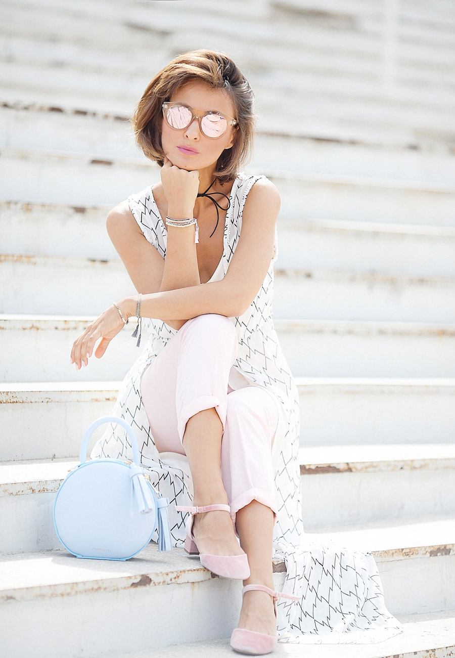 805fdd3ab154 Pastel Colors Summer Outfit Ideas - What to wear for hot summer days ...