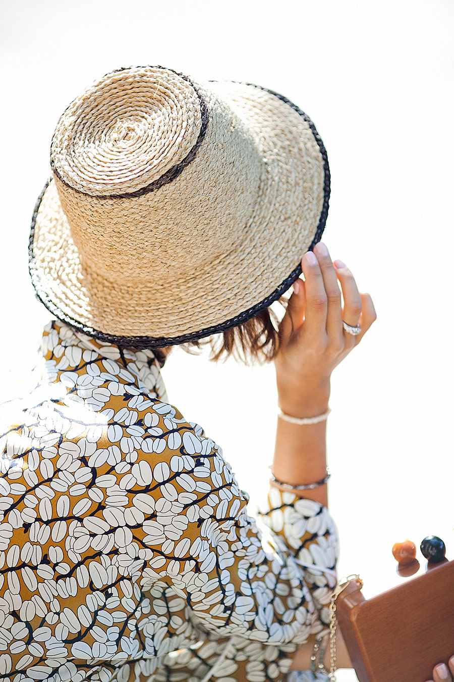 соломенная шляпа фирмы zara