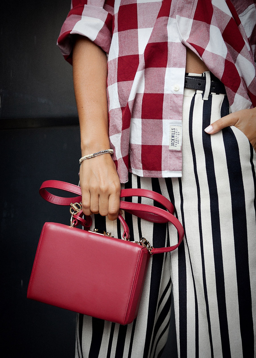gingham check shirt and striped pants outfit, street style mix prints, how to mix prints,