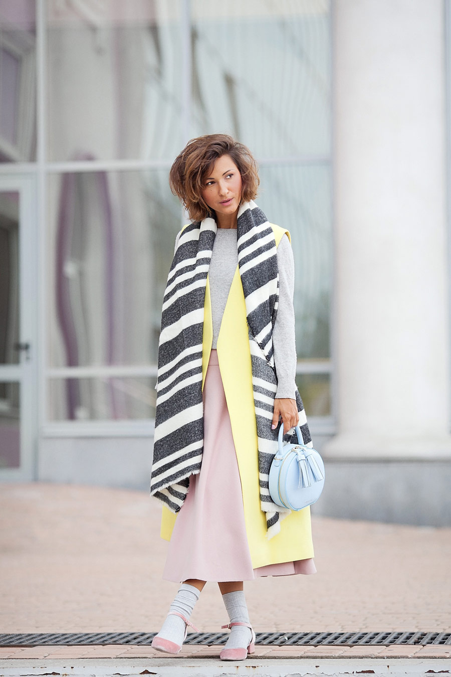 striped wool scarf Zara, fall outfit ideas, Ellena Galant Girl,