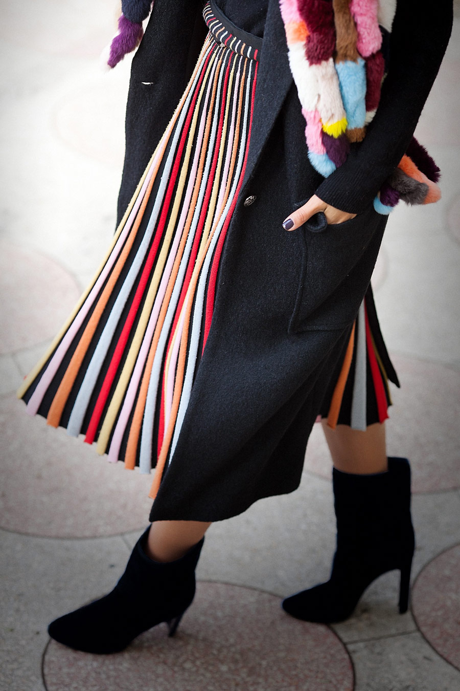 striped-knitted-skirt
