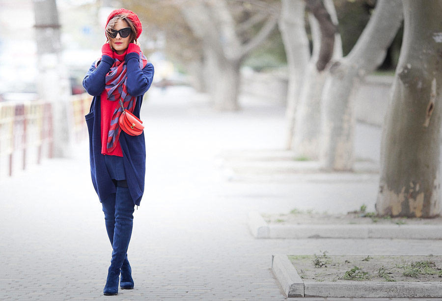 total navy blue outfit, winter outfits, cold weather outfits, fashion blogger Ellena Galant,