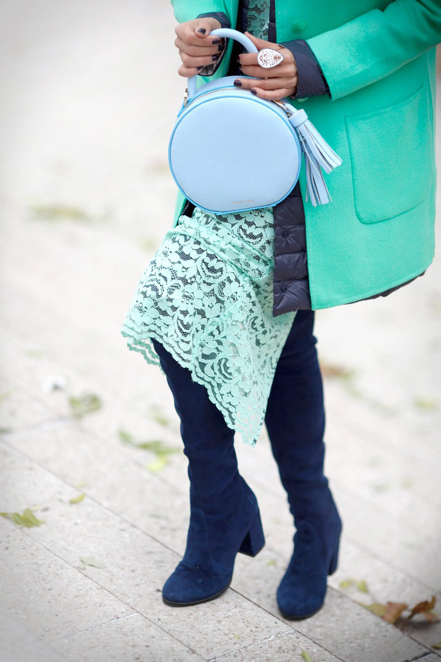 cute fashion details, cute street style details, mother of pearl ring, lace skirt outfit,