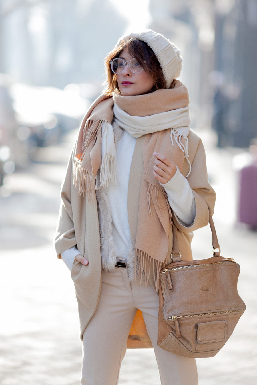 camel outfit, camel coat outfit, Givenchy Pandora bag, total beige look, winter outfits,