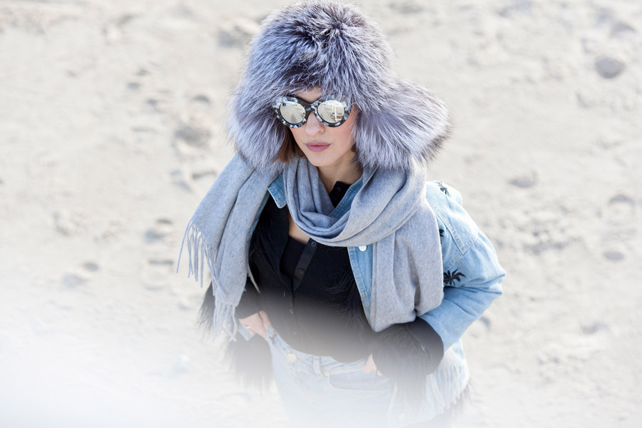 fur_hat_outfit-winter_styles