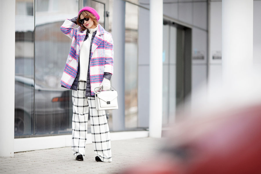 mixing prints outfit ideas, checkered coat, winter layers,