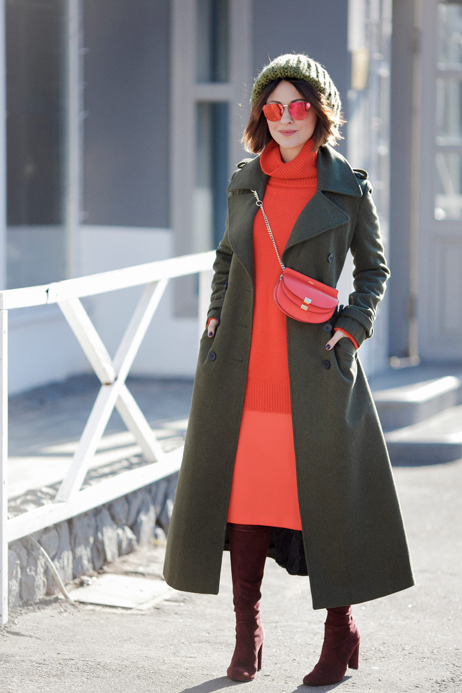 military coat outfits, flare red color outfits, winter style ideas,