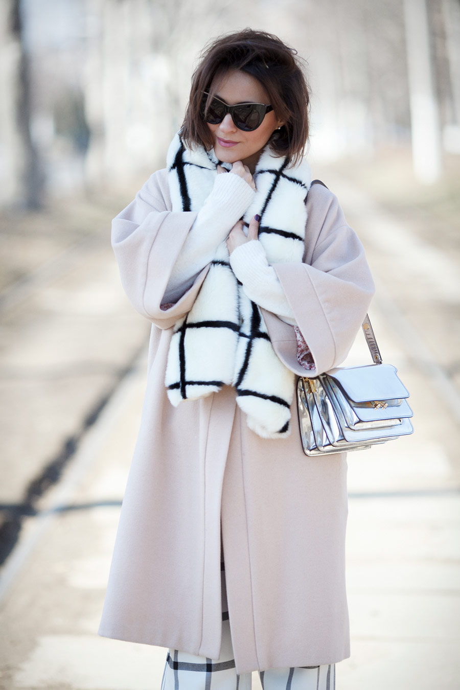 windowpane printed scarf, metallic bag outfit, marni trunk bag outfit, feminine spring outfits,