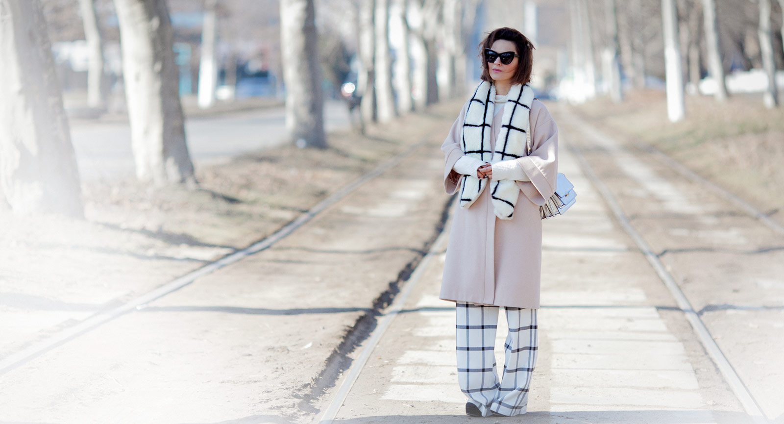 windowpane print scarf, window pane printed trousers, cream coat outfit, grid check outfit,