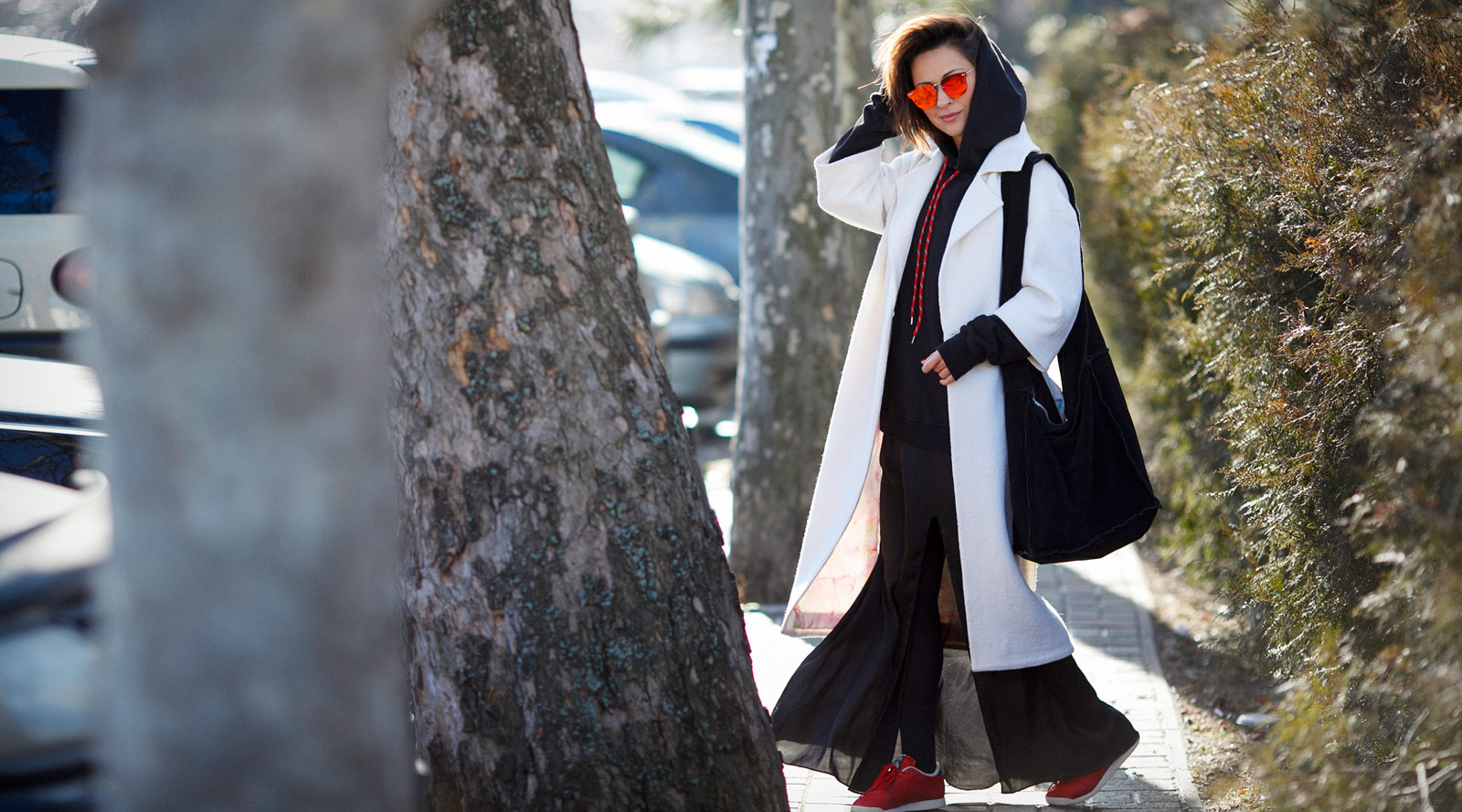white coat outfit, how to wear white coat,