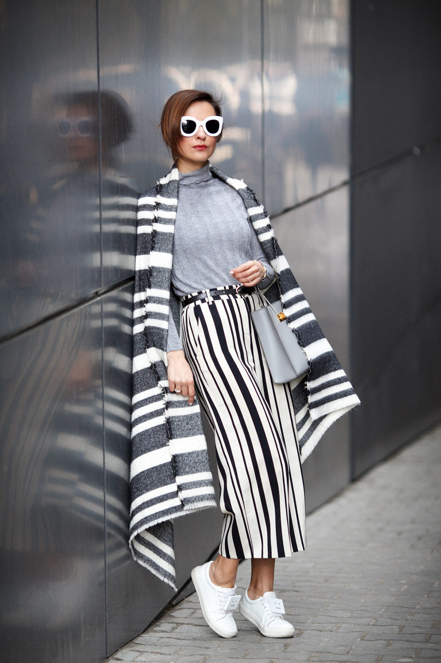 mixing stripes outfits, mix of prints outfits, Ellena Galant,