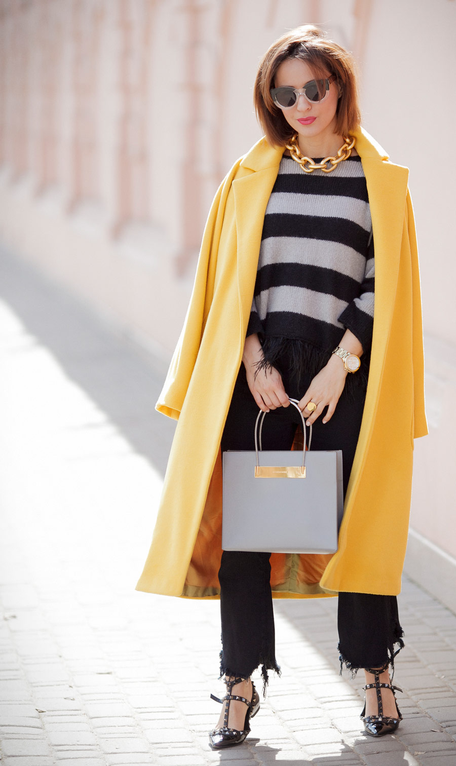 yellow coat, yellow coat outfit, balenciaga bag, spring mood outfits,