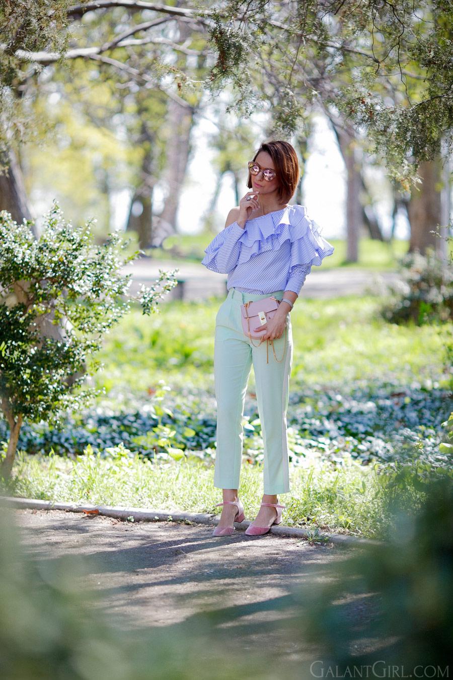ruffle top outfit, блуза с воланами, как носить воланы, как носить рюши,