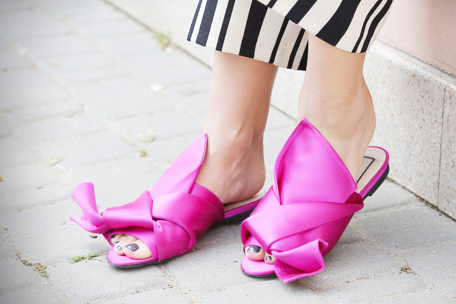 No21_satin_mules_outfits