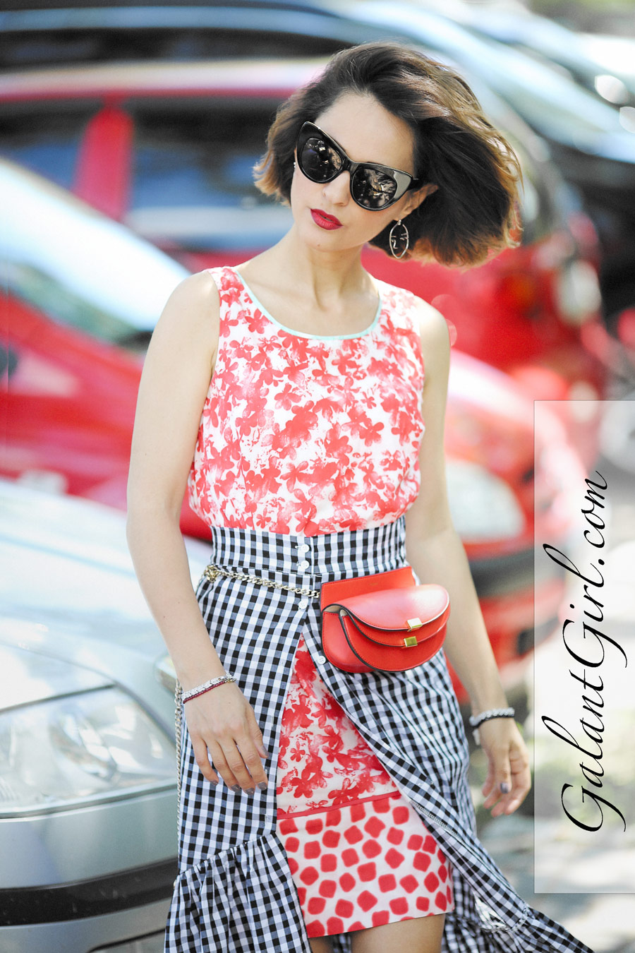 gingham skirt outfits, belt bag outfits, mixing patterns outfit ideas,