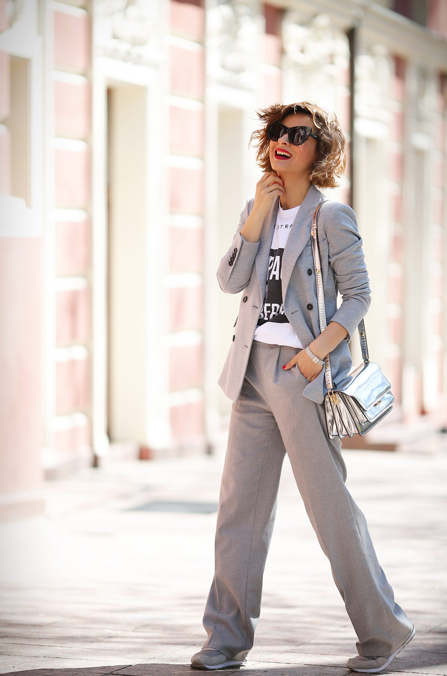 grey_blazer_work_wear_