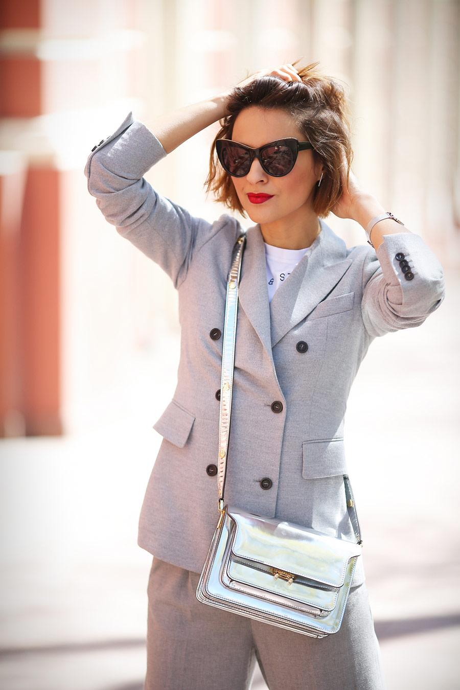 grey_suits_outfits-grey_blazer-office_outfit_ideas
