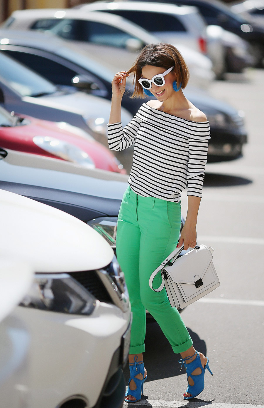 off_the_shoulder_top_outfits_to_try_this_summer
