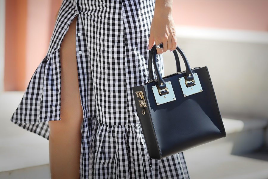 SOPHIE HULME TOTE OUTFIT